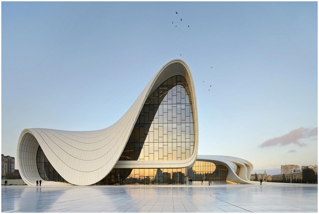 Centre Heydar Aliyev, Zaha Hadid