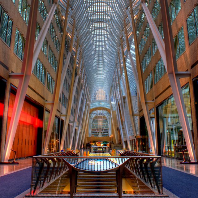 BCE Place de Toronto , un chef-d'oeuvre d'architecture commerciale