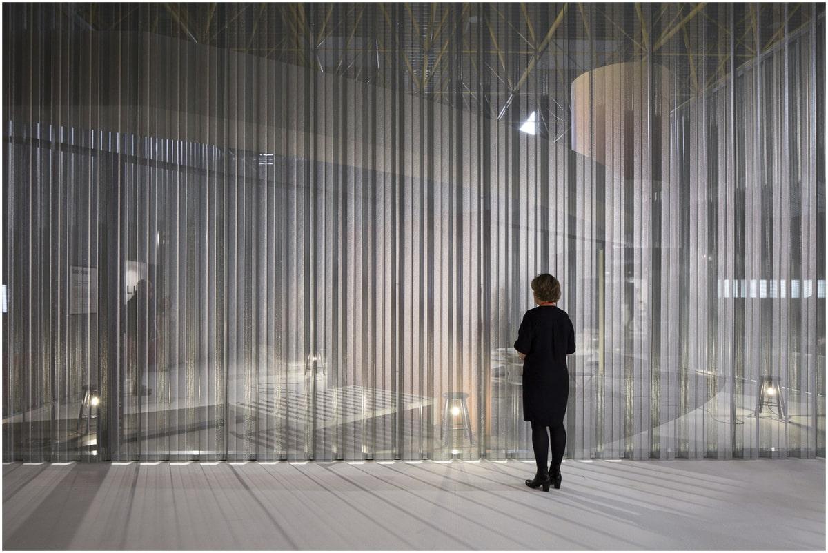 les éléments de l'architecture commerciale minimaliste